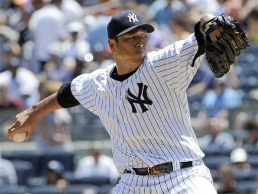 Kuroda strikes out 11, Yankees beat White Sox 4-0