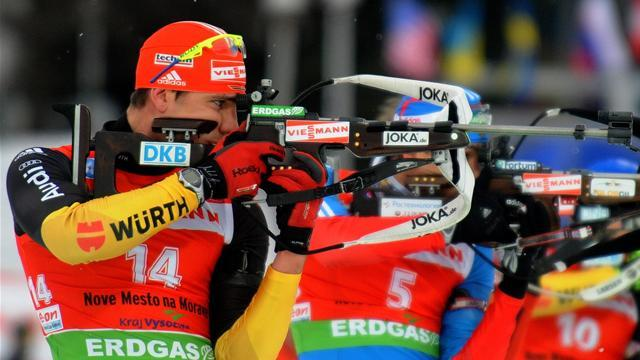 Biathlon - France win relay to move top of standings