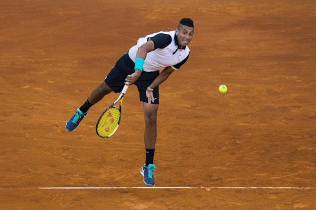 Kyrgios knocks Federer out of 2nd round at Madrid Open