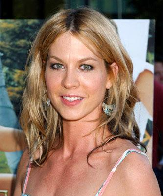 Premiere: Jenna Elfman at the Los Angeles premiere of Fox Searchlight's Garden State - 7/20/2004