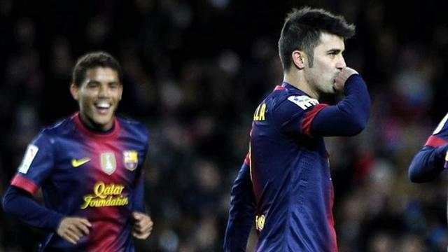 Liga - Villa passes 300 goals as Barca progress in Copa