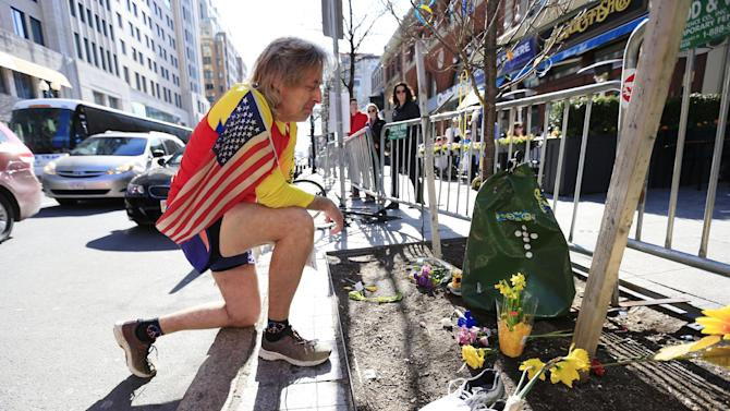 In show of defiance, 32,000 run Boston Marathon