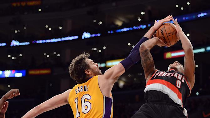 Portland Trail Blazers v Los Angeles Lakers