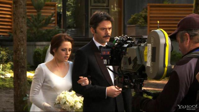 'Breaking Dawn - Part 1' DVD Clip: Wedding