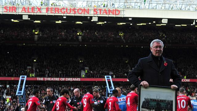 Premier League - United to honour Ferguson with statue