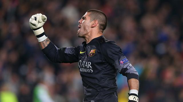 Liga - Barcelona keeper Valdes 'will join Monaco'