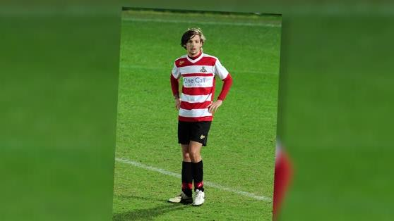 Louis Tomlinson Debuts For Doncaster Rovers (Reserves)