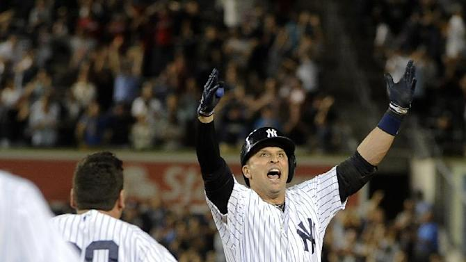 Prado has big hit in 9th, Yankees rally for win
