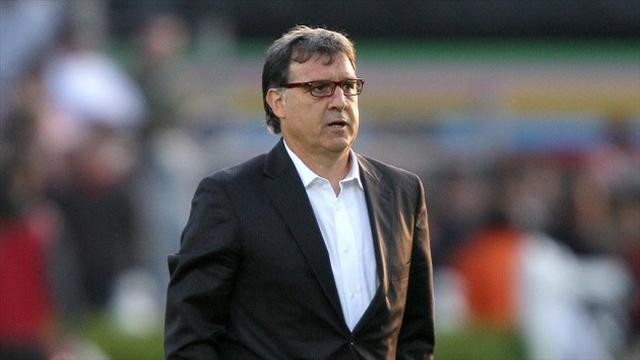 Champions League - Record and injuries on Martino's mind