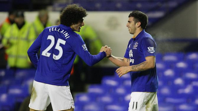 Marouane Fellaini (left)