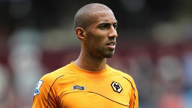 Sunday team news: Henry back for Wolves