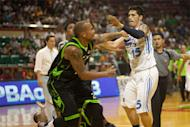 San Mig Super Coffee Mixers Aims to Stop Rampaging Batang Pier