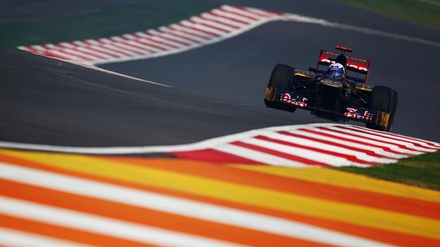 Formula 1 - Ricciardo and Vergne stay at Toro Rosso