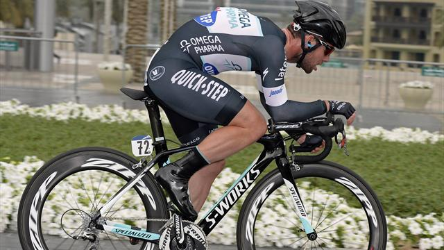 Cycling - Cav takes leader's jersey as Omega Pharma-Quickstep win Tirreno TTT