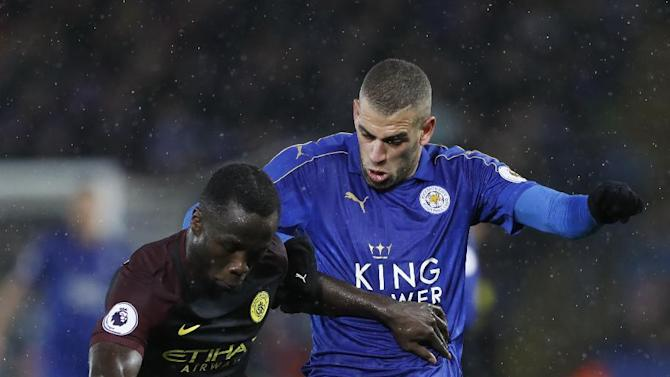 Manchester City's Bacary Sagna in action with Leicester City's Islam Slimani