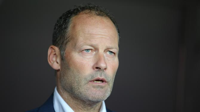 Blind: Netherlands has about 15 injuries now