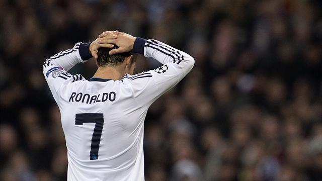 Liga - Paper Round: Ronaldo 'pays Real more than they pay him'