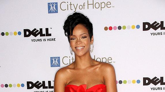Rihanna Sprt Of Life Awards