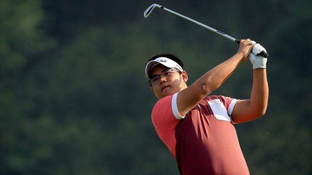 Golf - Pittayarat takes Championship lead