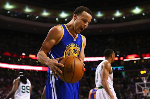 Curry scores 37, leads Warriors from 26 down to beat Celtics