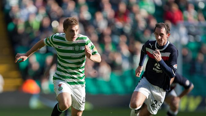 James Forrest has signed an improved contract tying him to Parkhead until December 2016