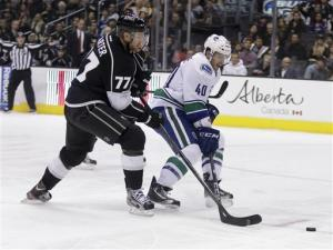 Carter leads LA Kings past Canucks in shootout