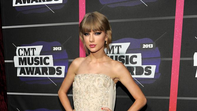 Taylor Swift arrives at the 2013 CMT Music Awards at Bridgestone Arena on Wednesday, June 5, 2013, in Nashville, Tenn. (Photo by Frank Micelotta/Invision/AP)