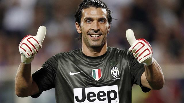 Italian Serie A - Buffon extends Juventus contract