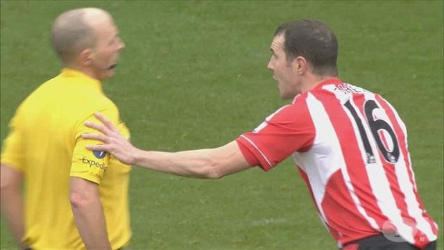 Premier League - Did O'Shea's reaction hide a guilty conscience?