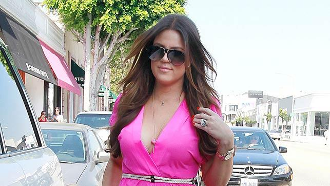 Khloe Kardashian Shopping