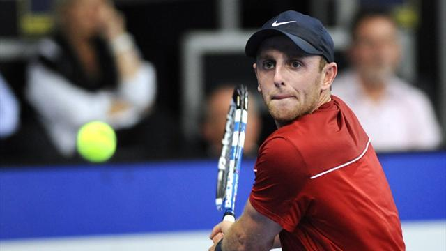 Tennis - US tennis player Levine to turn Canadian