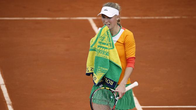 French Open - Wozniacki loses on Paris return after engagement heartache