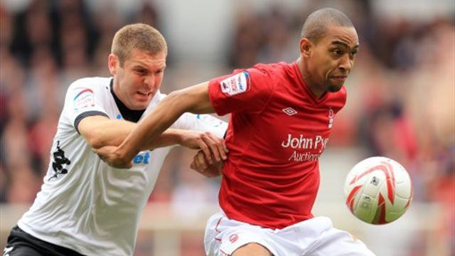 Championship - Blackstock keen to stay at Forest
