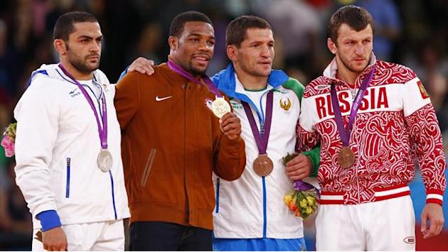 London 2012 - IOC 'probes Uzbek wrestler over positive drugs test'