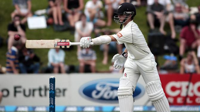 Cricket - Williamson ton puts NZ in control of deciding test