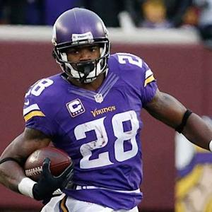 Adrian Peterson gets mic'd up
