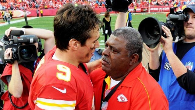 American Football - Chiefs grab emotional win one day after deaths