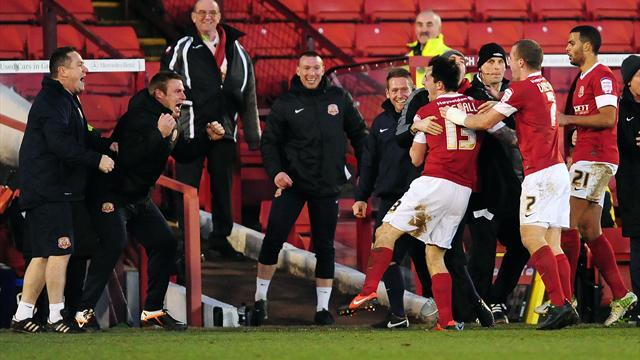 Football - Flitcroft earned Reds chance - Rowing