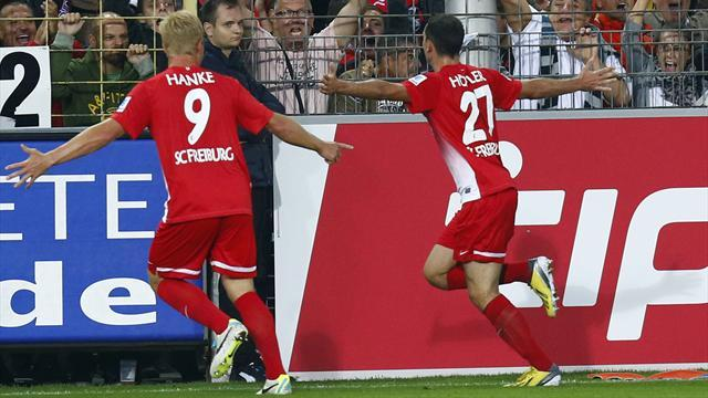 Bundesliga - Freiburg seek consistency for trip to Dortmund