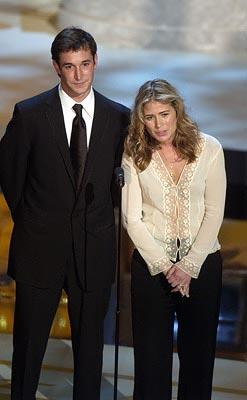 Noah Wyle and Maura Tierney Emmy Awards - 9/22/2002