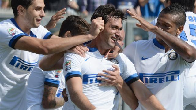 Serie A - Milito scores twice on return for seven-goal Inter