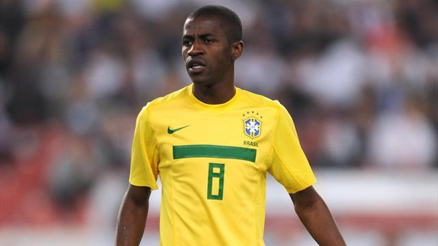 Football - Brazil recall Chelsea's Ramires for friendlies