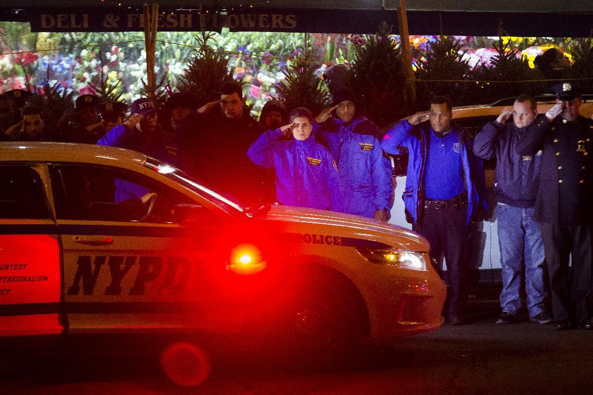 Ismaaiyl Brinsley, 28, ID'd as shooter of two NYPD officers in Brooklyn ambush 'assassinations'