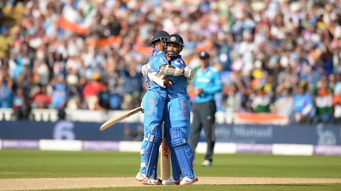 Cricket - India crush feeble England to clinch one-day series