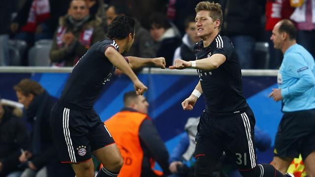Champions League - Pizarro leads Bayern to easy win over Lille