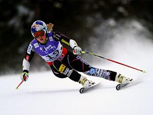 Lindsey Vonn to Undergo Surgery After Accident, Plans to Compete in Sochi Olympics