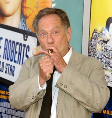 Premiere: George Segal at the LA premiere of Paramount's Dickie Roberts: Former Child Star - 9/3/2003