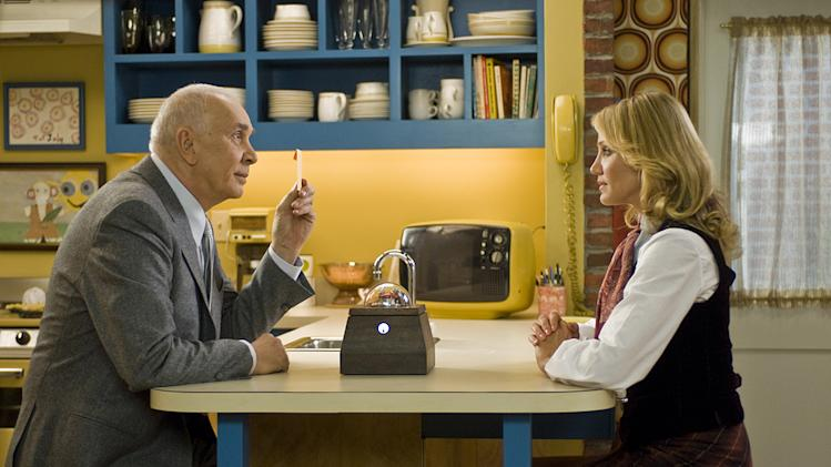 The Box Production Stills Warner Bros. 2009 Frank Langella Cameron Diaz