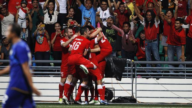 World Football - Singapore take first-leg lead over Thailand