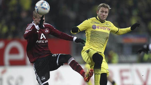Bundesliga - Hlousek scores on return after 18-month absence